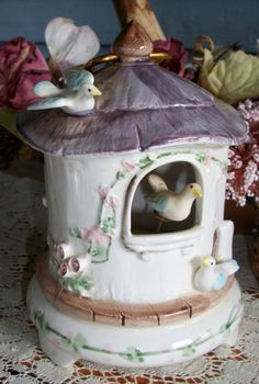 Vintage music box plays yellow bird musical by ThisandThat4U, $18.95