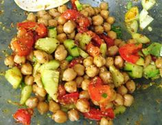 If you are in the mood for somethingSUPER quick, gluten free, and protein packed...try this chickpea salad. I used: 1 can of Trader joes organic chick peas 1/2 large seedless locally grown cucumbe...
