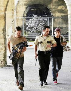 """Daryl, Rick, and Glenn - Season 1/3 - """"Tell it to the Frogs"""""""