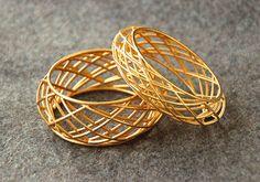 3D printed Goldplated Bracelet with geometric by MCODEjewellery