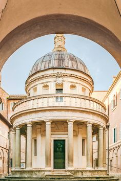 Ultimate Guide To the Best and Most Beautiful Churches in Rome Italy Ancient Ruins, Ancient Rome, Day Trips From Rome, The Catacombs, Piazza Navona, Amazing Buildings, Rome Travel, Romanesque, Rome Italy