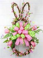 Resultado de imagen de easter bunny grapevine wreath