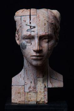 Christian Christian Zucconi TESTA V (2015). Stone, iron and wax / Pietra, ferro e cera, cm 21,5 x 24 x 39.