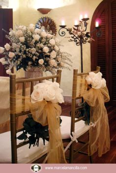 Organizacion de Eventos Cartagena de indias Colombia Luxury Wedding, Our Wedding, Party Tables, Weeding Dress, Chair Sashes, Wedding Decorations, Table Decorations, Ladder Decor, Marie