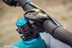 Jared runs a Renthal Fatbar Lite 740mm bar and Renthal Apex 50mm stem