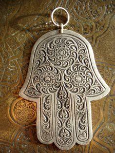 Moroccan hand of Fatima flower hamsa khamsa by HilarysBazaar, $42.00