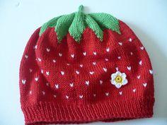 Mützen -  Erdbeermütze   Mütze Erdbeer Look! KU 48 cm 2-3 J - ein Designerstück von Edelknitter bei DaWanda