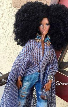 Afro, Black Girl Art, Black Women Art, Beautiful Barbie Dolls, Pretty Dolls, Fashion Royalty Dolls, Fashion Dolls, Pelo Natural, African American Dolls