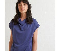 loved the simplicity of this top- nice enough to wear on its own...with a pretty pair of earrings