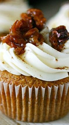 Pecan Pie Pumpkin Cupcakes Recipe | Yummy Crumble