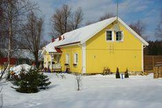 Älvsbytalo Kalevatar 5 huonetta, keittiö ja sauna.  121,5 m². Home Fashion, Shed, Outdoor Structures, Cabin, House Styles, Home Decor, Decoration Home, Room Decor, Cabins