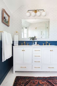 Bathroom Decor rental If You Think Your Rental Bathroom is Beyond Help, This Post is For You - Emily Henderson Easy Bathroom Upgrades, Rental Bathroom, Bathroom Tile Designs, Bathroom Interior, Bathroom Upgrades, Bathroom Wallpaper, Eclectic Bathroom Design, Blue Bathroom Interior, Eclectic Bathroom