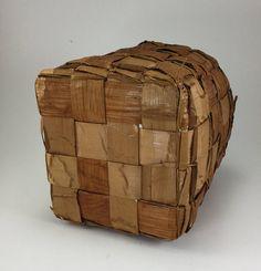 Red Cedar Bark Basket / Storage Basket Haida Gwaii, Basket Storage, Red Cedar, Basket Weaving, Fence, Handmade Gifts, Summer, Vintage, Etsy