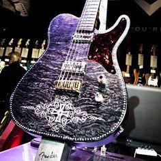 .@fenderguitar   Fender Diamond Legend Cabronita
