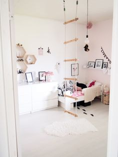 Girls pink room with rope ladder