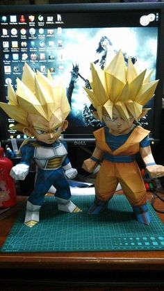 Papercraft Chibi - Vegeta and Goku SSJ by Limpache on @DeviantArt