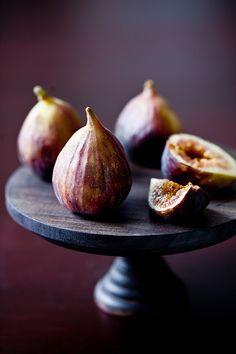 "Tartelette: Fig ""Gateau de Riz"", Miso Salmon & A Refreshing Apricot Cherry Cocktail"