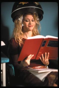 Reese Witherspoon, Jessica Cauffiel, and Alanna Ubach in Legally Blonde Blonde Aesthetic, Baby Pink Aesthetic, Aesthetic Photo, Aesthetic Pictures, School Motivation, Study Motivation, Legaly Blonde, Legally Blonde Movie, Study Tips