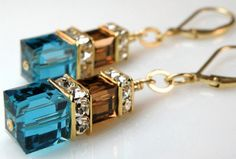 If you'll remember, both Teal and Bronze made my Top 10 Colors list for 2014 Fall weddings. And I'm hoping you can see why? Elegant, sop...