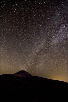 Night sky at El Teide, Tenerife, Canary Islands. Mehr