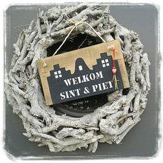 Welkom sint en piet tekstbordje. Leuk voor aan de voordeur. Te bestellen bij www.hippehuisjes.nl