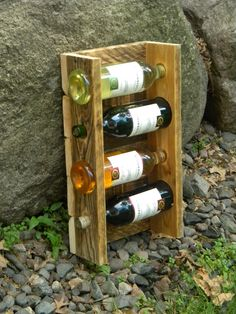 Ideas Pallet DIY Unique Pallet Wine Rack - There are different ideas to make the pallet wine racks as you can make it in vertical or horizontal position. If you want to make the unique pallet wine rack