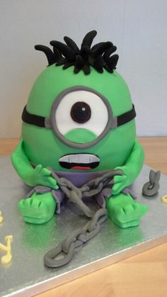 'Hulk' Minion cake- 9/18 birthday cake