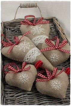 Sorry to start putting up Christmas/Yule. - It Was A Work of Craft Christmas Sewing, Christmas Embroidery, Christmas Cross, Christmas Time, Christmas Hearts, Burlap Christmas, Burlap Crafts, Christmas Projects, Holiday Crafts