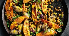 Everyone's talking about vegan food right now. Here are a few of our favourite vegan dinners that are quick, easy and perfect for busy weeknights.