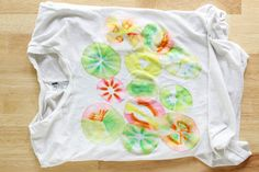 How-to: Mess Free Tie Dye with Permanent Markers | Hands Occupied