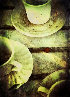 Teatime in the Garden by Anikatoro, via Flickr