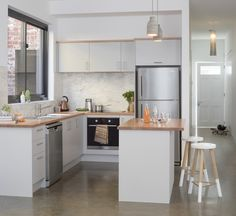 Struggling for ideas? Look no further, our inspriartion gallery showcases the latest DIY kitchen renovation kitchen trends and designs to inspire you!