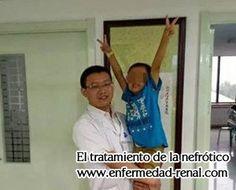 Xiaobo tiene cinco años, pero es un paciente que CKD (Enfermedad Renal Crónica). Sus padres le han llevado a muchos hospitales y trata diversos métodos. Sin embargo no hay nada en la mejora de su condición. Su elección final es nuestra hospital, Shijiazhuang Hospital de Enfermedades de Riñon. Nuestro hospital es el más grande y especializado en enfermedad renal en China. Tenemos muchas terapias únicas. Y ahora vamos a ver cómo Xiaobo se trata en nuestro hospital .