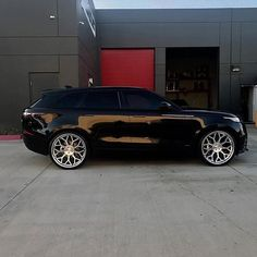 Cars range rover black Super ideas Source by Range Rover Noir, Range Rover Schwarz, Range Rover Black, Range Rover Evoque, Range Rover Sport, Range Rovers, Custom Range Rover, Porsche, Audi