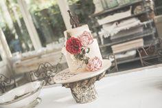 #cake #torteartistiche #thecupcakesbakery #cakedesign @valdirose Photo by Giuseppe Giovannelli
