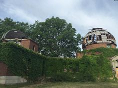 Abandoned Case Observatory in East Cleveland, OH.  [1900x1200]