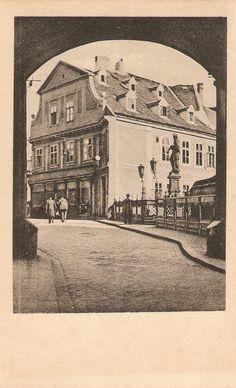 Výhľad z Michalskej brány Bratislava, Old City, Nostalgia, Times, Illustration, Inspiration, History, Biblical Inspiration, Old Town