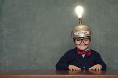 UN CEREBRO INCREÍBLE El cerebro es 60% grasa, pero aún así trabaja duro y puede generar hasta 25 watts de energía, suficiente como para encender una lamparita.