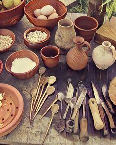 roman dishes & vessels.