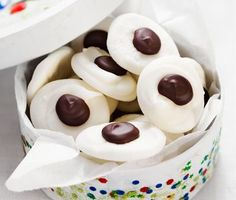 Recept: Enkla mintkyssar (easy to make mint delights with dark chocolate)