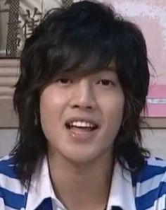 Kim Hyun Joong 김현중 ♡ cute ♡ Kpop ♡ Kdrama ♡ long hair ♡