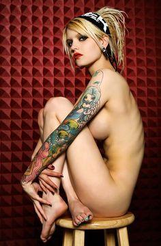 #Tattoo #Girls
