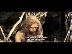 Quando o seu clã, incluindo sua esposa e filha Néa são massacrados,Ao, um Neandertal decide deixar o norte do país onde vive para ir para o Sul, onde ele nas...