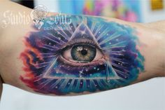 God's eye tattoo. Done at Studio Lotus, Campinas-SP, BRAZIL. Deborah (Deh) Soares. More : facebook.com/studiolotustatuagem