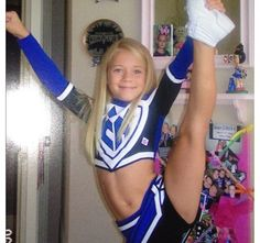 i really cant tell if this is a heel stretch or needle. I want to be able to do this!!!