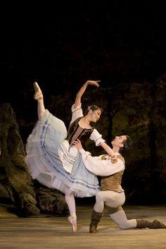 Birmingham Royal Ballet's Giselle #stage #ballet #birminghamroyalballet #giselle