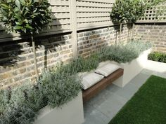 Leading garden design and landscaping company based in Fulham. Turning visions of outdoor living into reality. Back Garden Design, Modern Garden Design, Backyard Patio Designs, Backyard Landscaping, Backyard Seating, Small Garden Hacks, Garden Tips, Patio Ideas Townhouse, Outdoor Fireplace Designs