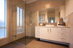 Dakota Display Officer - Display Home Ensuite Bathrooms, Laundry In Bathroom, Hotondo Homes, Bathroom Colors, Bathroom Ideas, Built In Robes, Display Homes, New Home Designs, Open Plan Kitchen