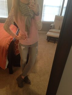 #express gray jeggings #target lace sleeves sweater #forever21 scarf #charlotterusse ankle booties #fancypantsmommy