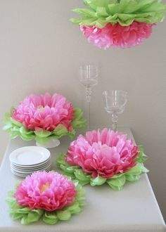 Set of 7 Mixed Pink Tissue Paper Flowers.